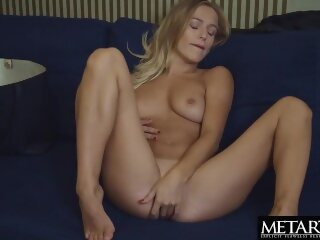 Blonde with big natural tits wants you to watch her masturbating metartx kink masturbate